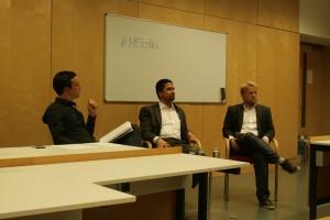 Ali Safi beantwortete die Fragen von ISJE-Koordinator Richard Solder (l.) und Nikolaus Koller (r.), Leiter des Instituts für Journalismus & Medienmanagement